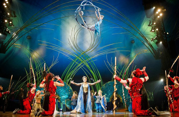 Cirque du soleil amaluna grand chapiteau at at t park for Dining near at t park